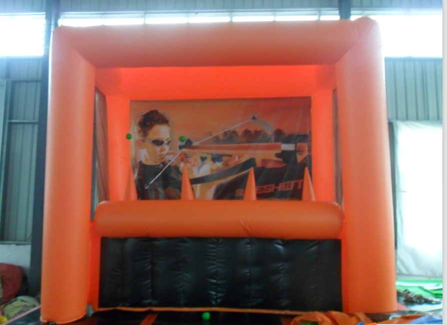 Inflatable archery game 3x1.5x2.5m